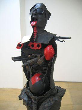 Tomarkin Bronze Statue in Tel aviv Museum. Courtesy by Wikipedia